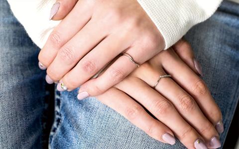 左 人差し指 指輪 意味